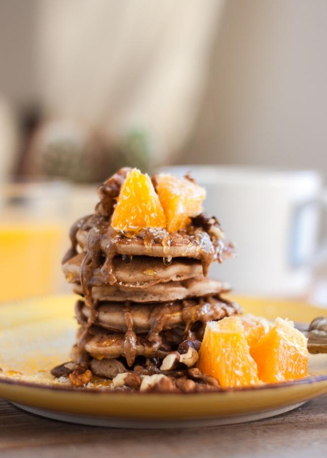 http://www.makeithealthy.life/hr/blog/2017/03/07/kruh-od-banane-sa-tamnom-cokoladom/