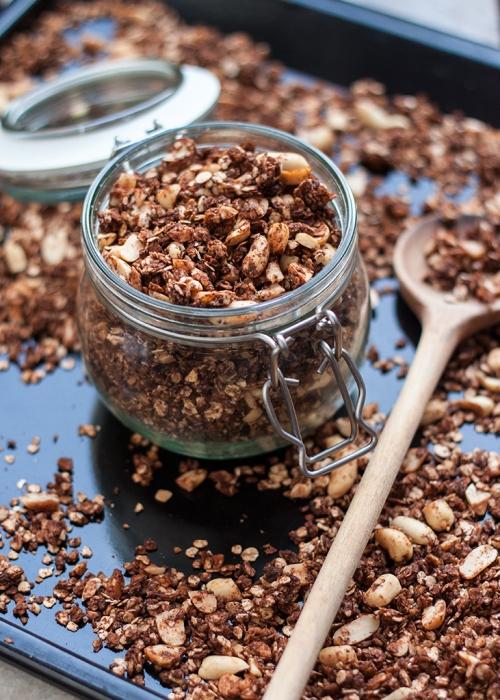 Snickers granola