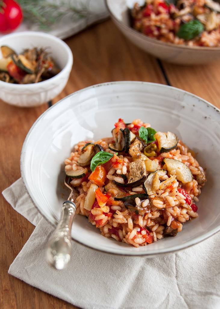 Rižoto s povrćem u tanjuru